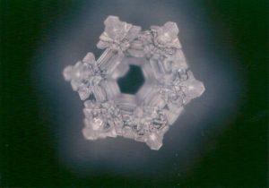 Kraanwater kristallisatie na behandeling
